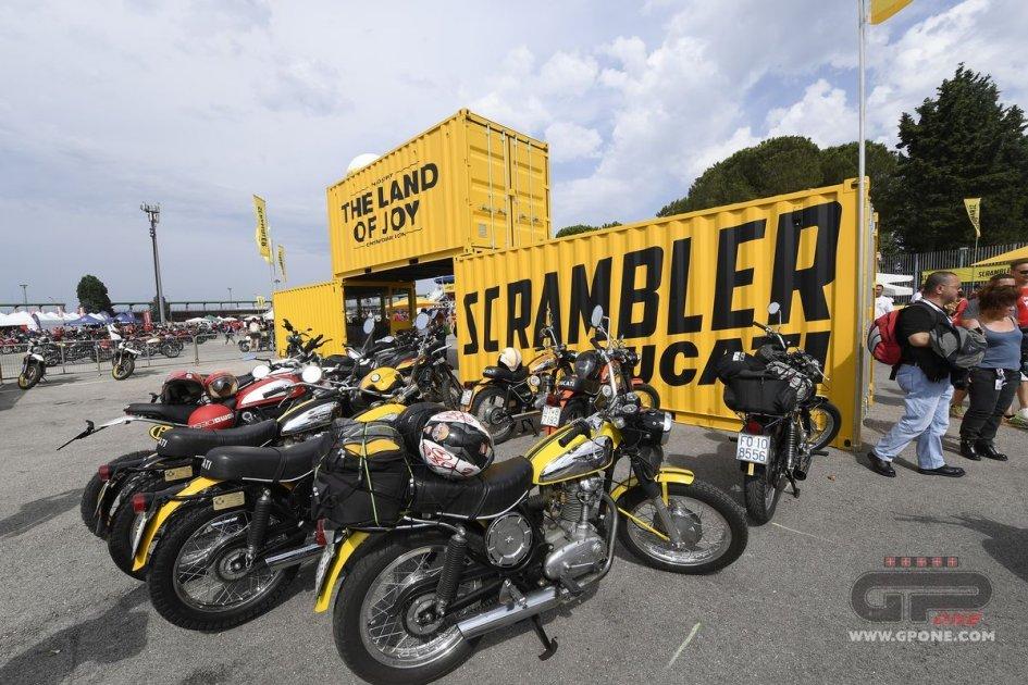 News Prodotto: Record: oltre 91.000 al World Ducati Weekend a Misano