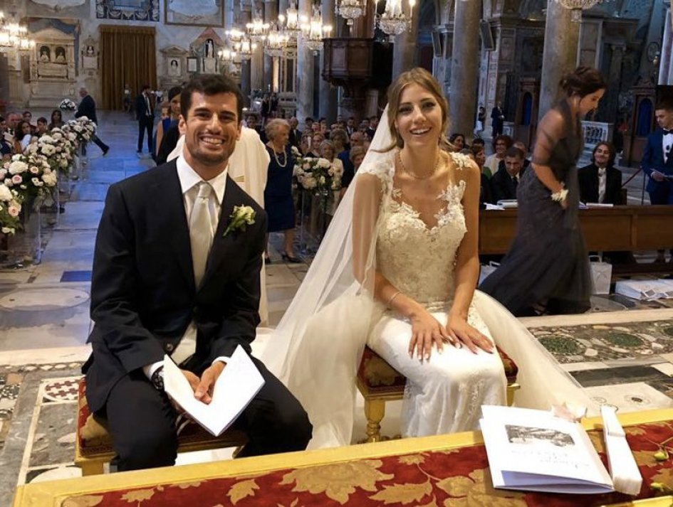 News: Simone Corsi and Clarissa are wed