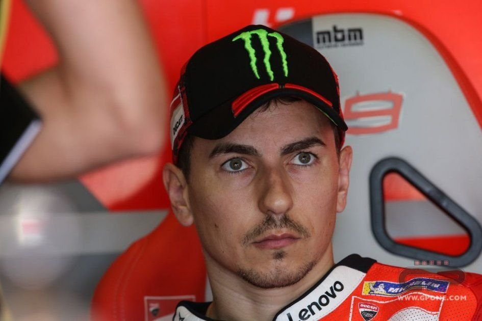 MotoGP: Lorenzo: Silverstone in the wet? I wouldn't mind