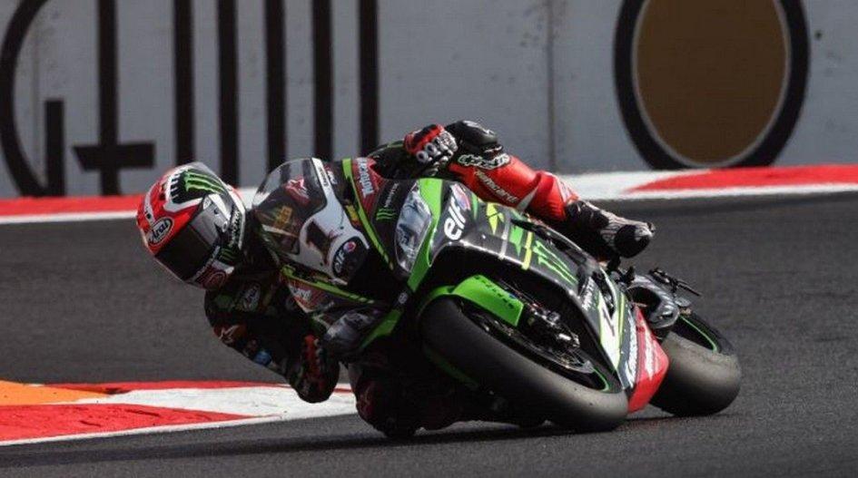 SBK: FP1: doppietta Kawasaki a Magny-Cours, 1° Rea, 2° Sykes