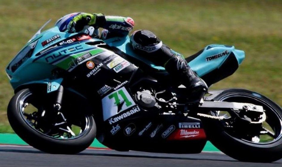 SBK: SS300, in pole a Portimao c'è Edwards ma... è Tom