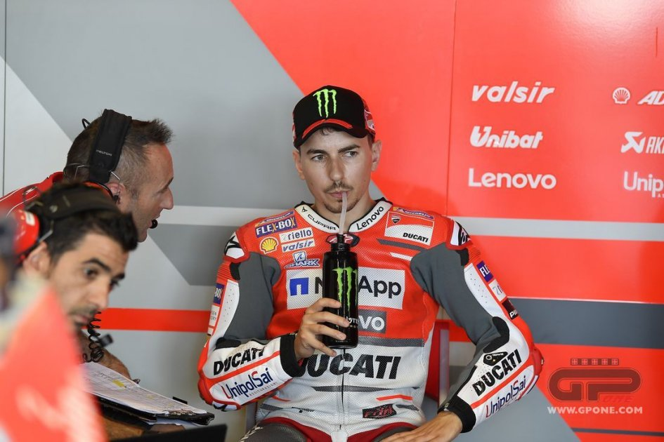 "MotoGP: Lorenzo won't race at Buriram: ""there's no point taking risks"""