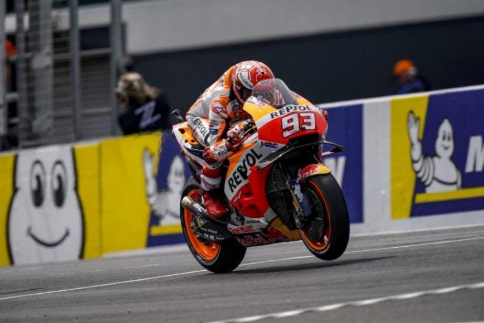 MotoGP: Márquez, 'scary' pole at Phillip Island, Dovizioso 9th