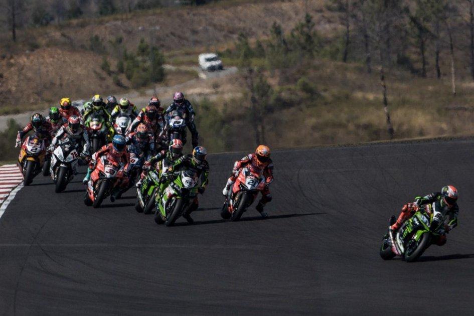 """SBK: La Superbike con 3 gare: """"more is less"""""""