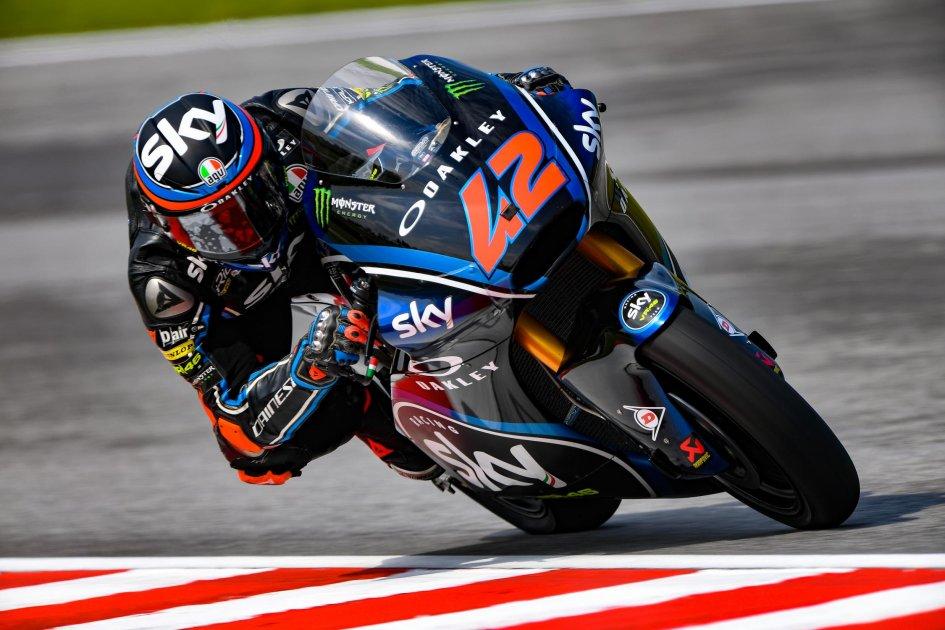 Moto2: Festa team Sky: Marini vince la gara, Bagnaia campione