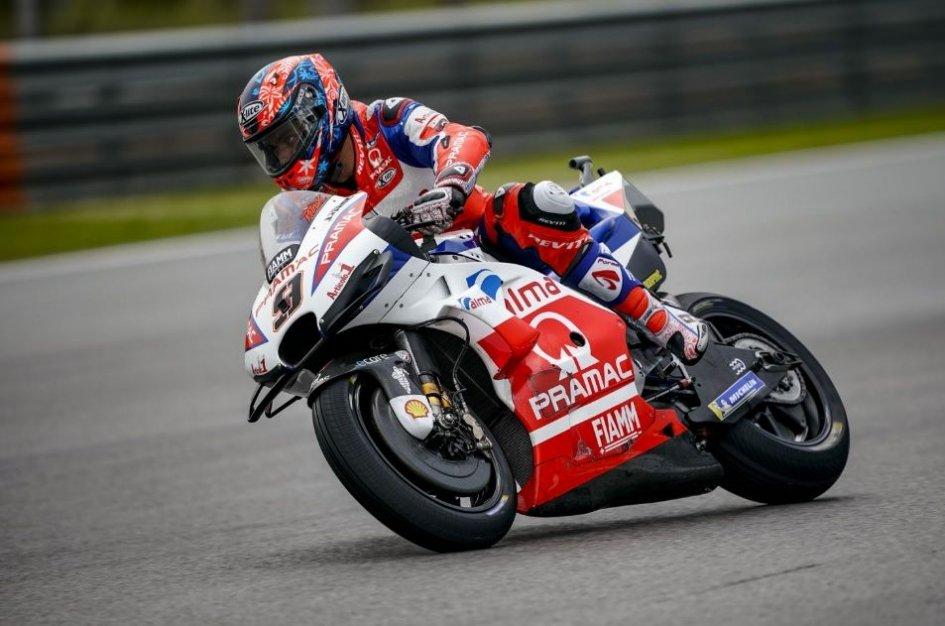 MotoGP: FP2: Rain Man Petrucci, 1° davanti a Marquez e Rossi