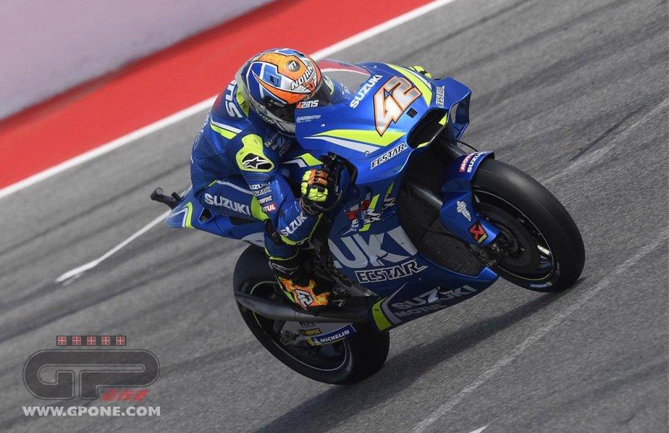 MotoGP: FP2: Rins dalle fiamme dei box al miglior tempo a Sepang