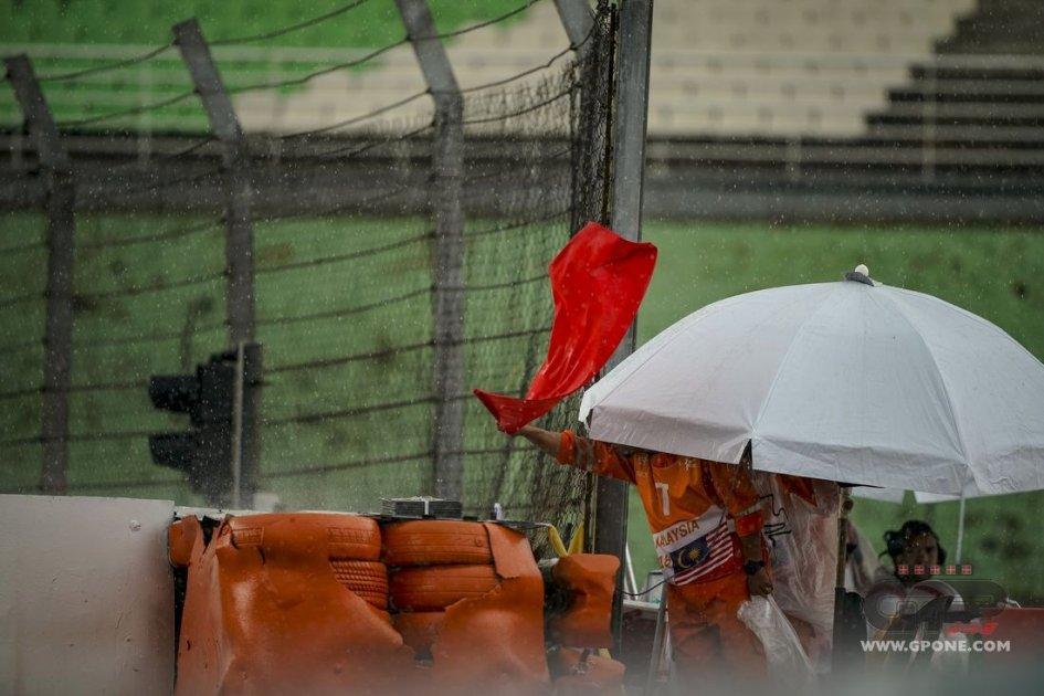 MotoGP: Bandiere rosse e ripartenze: ecco cosa cambia