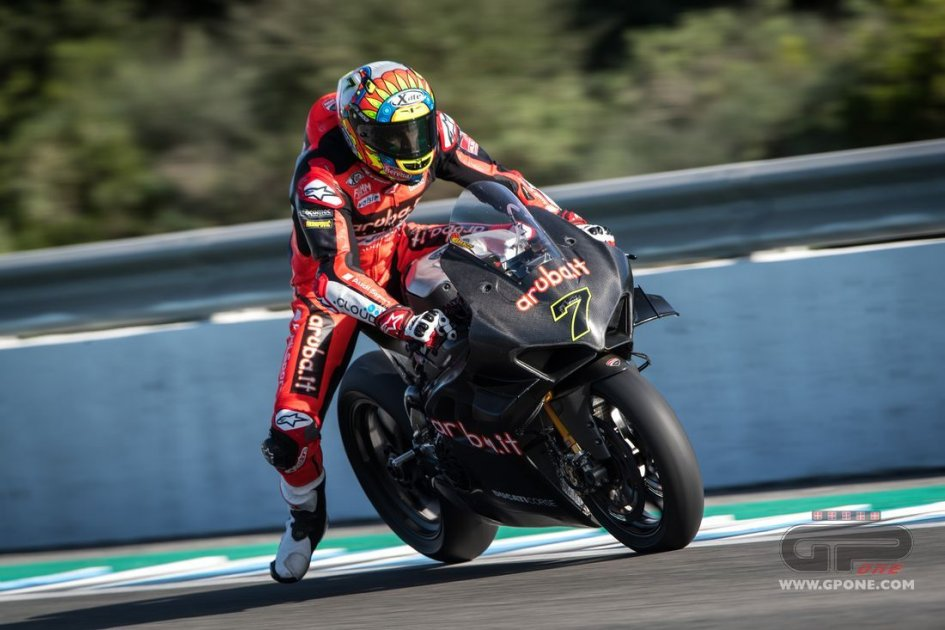 "SBK: Davies: ""The real problem? Rea doesn't have to develop a new bike, Ducati does!"""