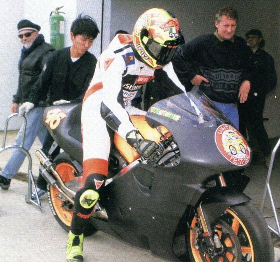 MotoGP: Valentino Rossi: 1999-2019: un esordio in prestito
