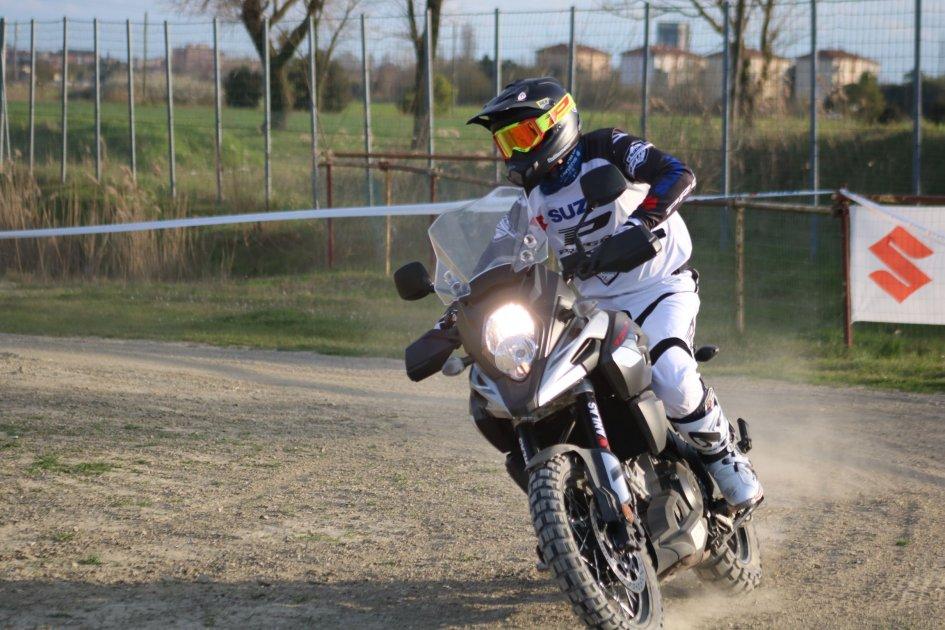 News Prodotto: Suzuki V-Strom Academy 2019: come migliorare la tecnica di guida