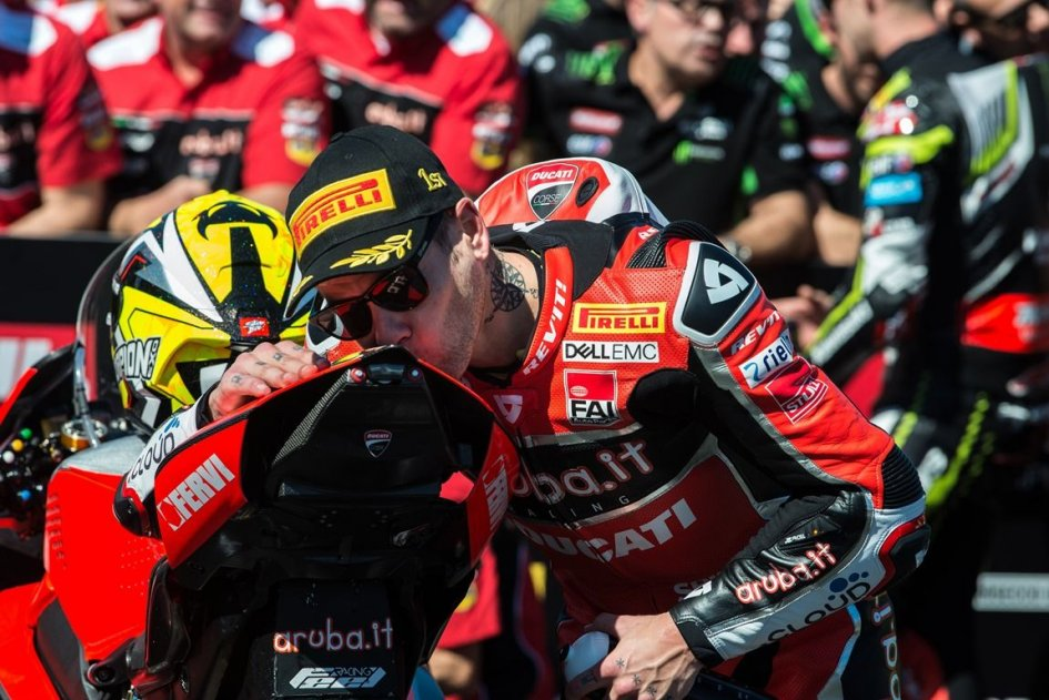 """SBK: Bautista: """"The Panigale V4 is a MotoGP for the road"""""""