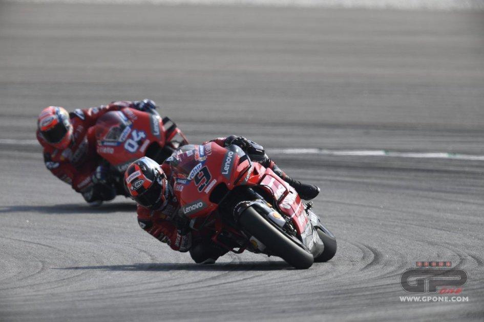 MotoGP: Sepang è rossa: poker Ducati nei test con Petrucci 1°