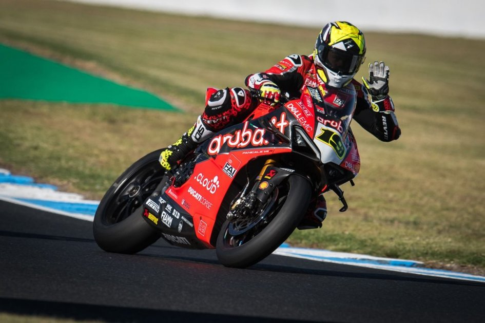 SBK: Bautista piega Rea a Buriram, è Ducati Power!