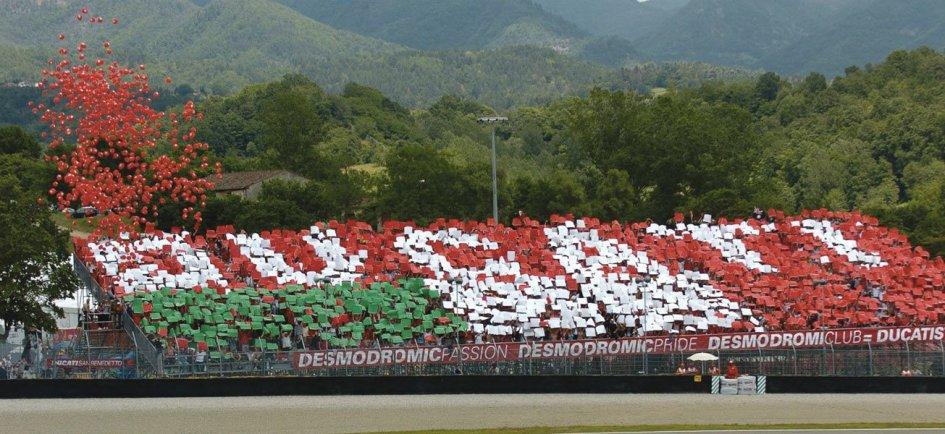 MotoGP: A Mugello e Misano il tifo si tinge di rosso Ducati