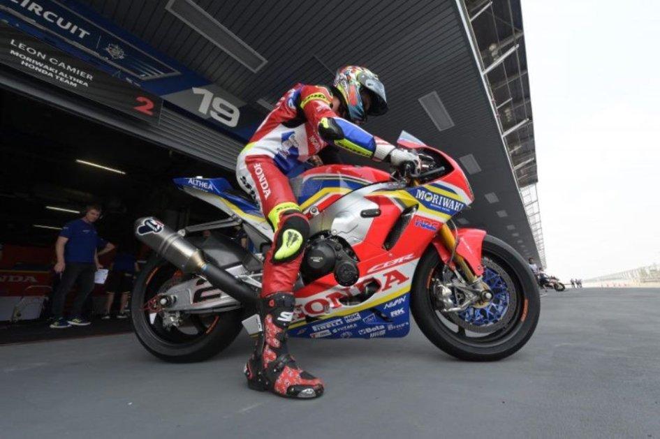"""SBK: Camier: """"A Honda serve una Superbike stile MotoGP"""""""