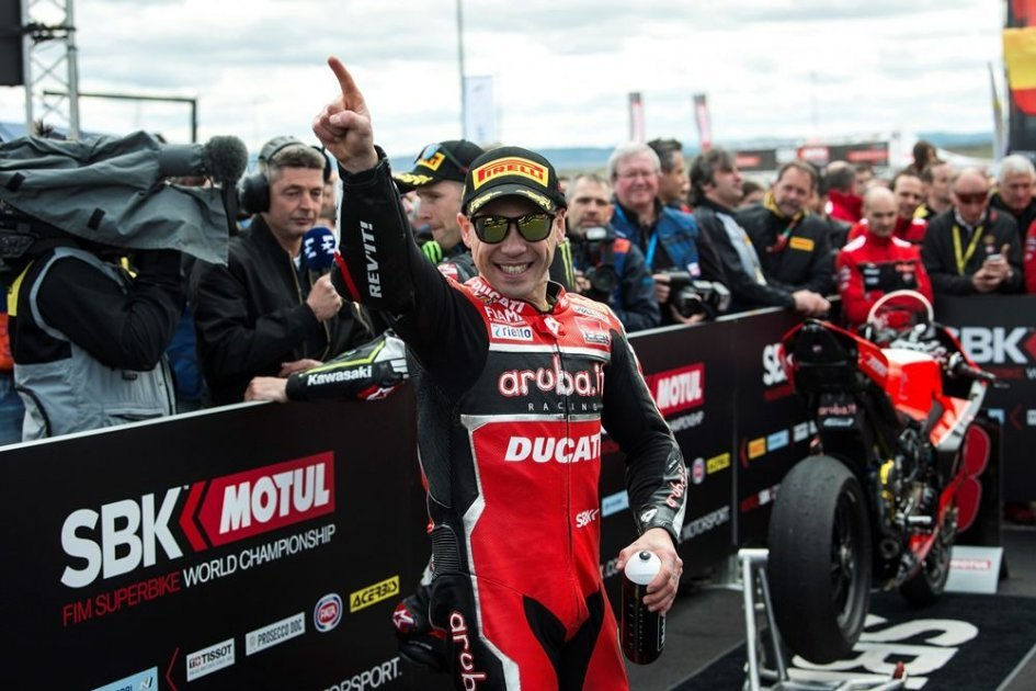 """SBK: Bautista: """"MotoGP? I'd go back to race with an official team."""""""