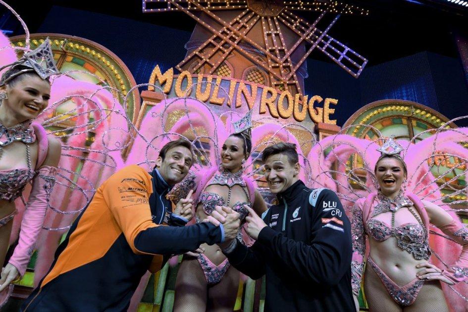 MotoGP: Art and dancers: Paris seduces the MotoGP