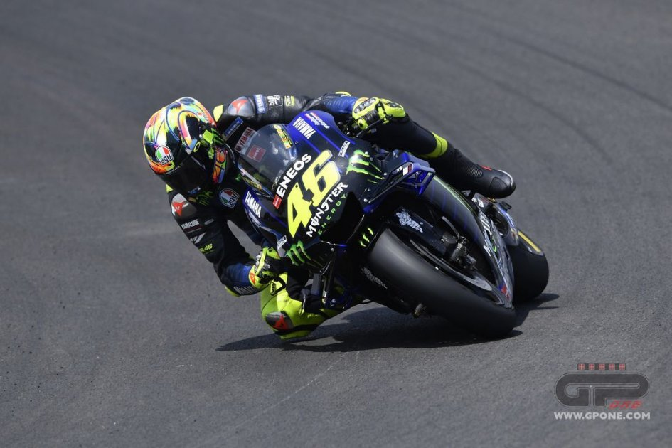 "MotoGP: Rossi: ""We need to try and win to beat Marquez"""