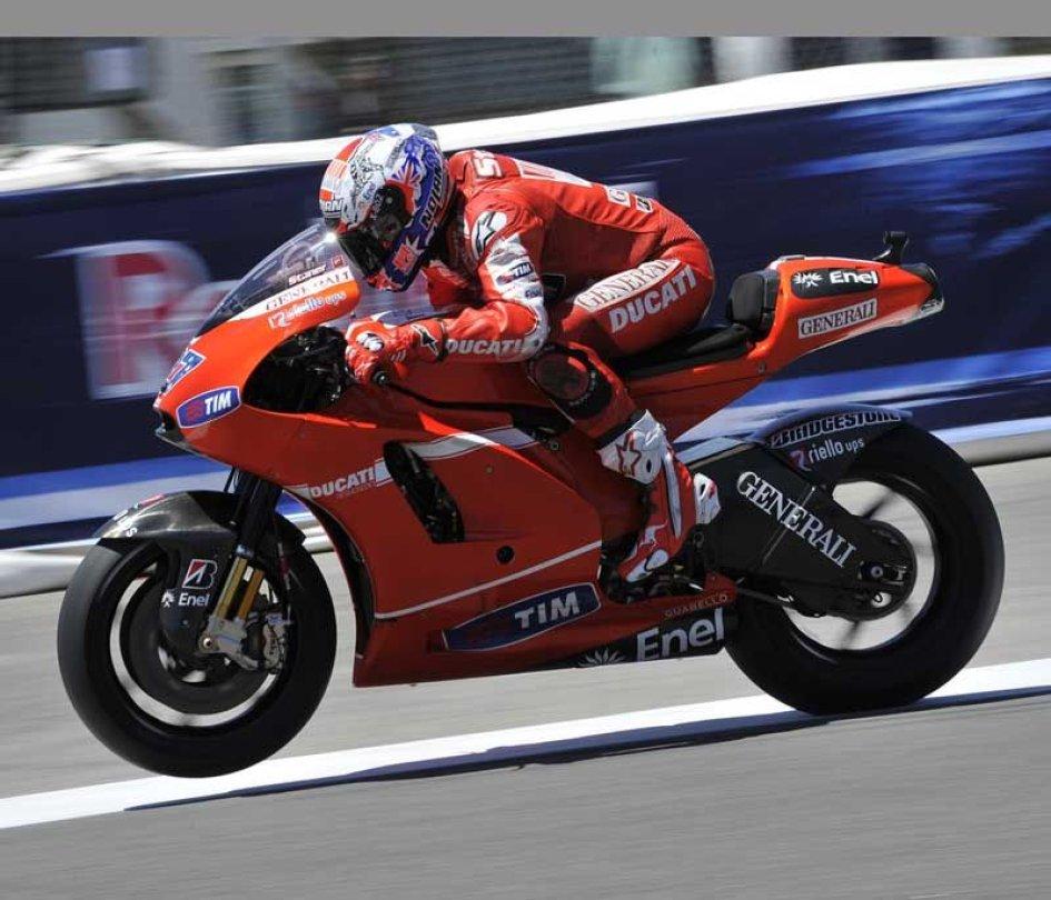 MotoGP: Dovizioso a 298.2 km/h al Sachsenring ma l'unica vittoria è di Stoner