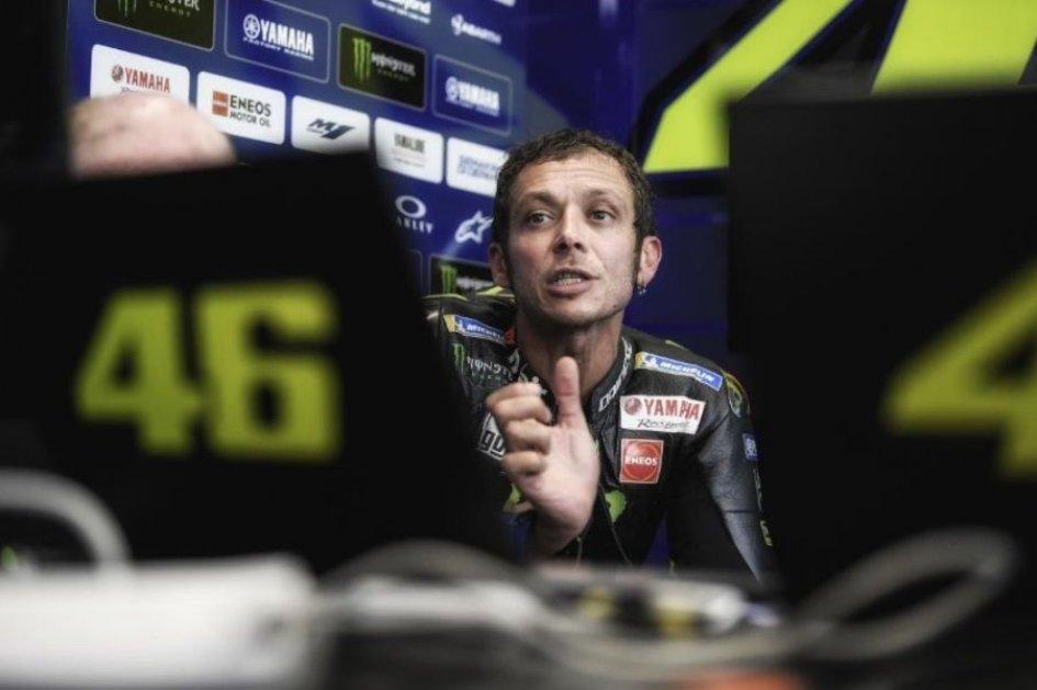 "MotoGP: Rossi: ""Dovi overtaking? Mine with Lorenzo in Barcelona was better."""