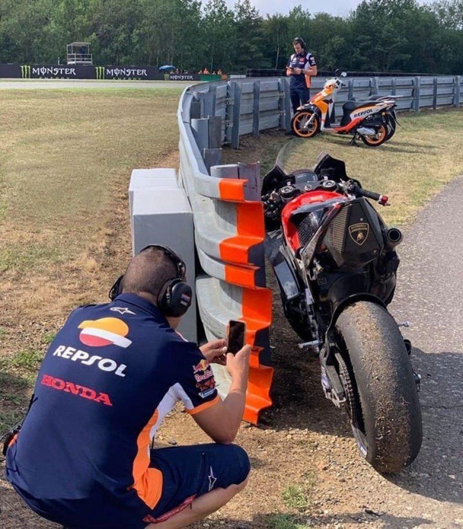 MotoGP: Spia contro spia: Honda colta a fotografare il 'lato B' della Ducati