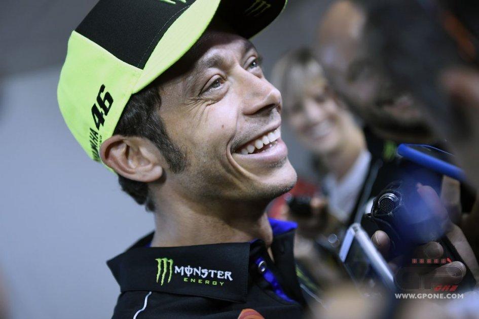 MotoGP: Valentino Rossi a Radio Rai e Radio1Sport: corro ancora e poi un figlio