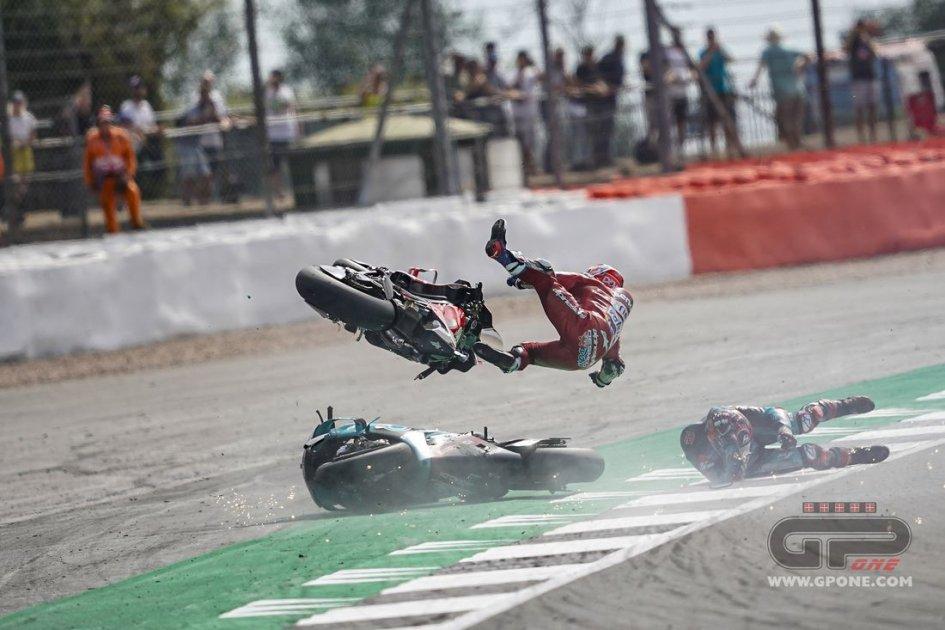 migliori scarpe da ginnastica f2027 df69f MotoGP, The Silverstone accident: how the airbag saved ...