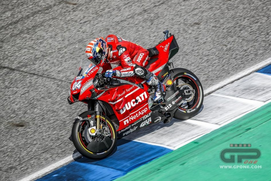 MotoGP: MotoGP and F1 together for safety: 'standard' paint is introduced