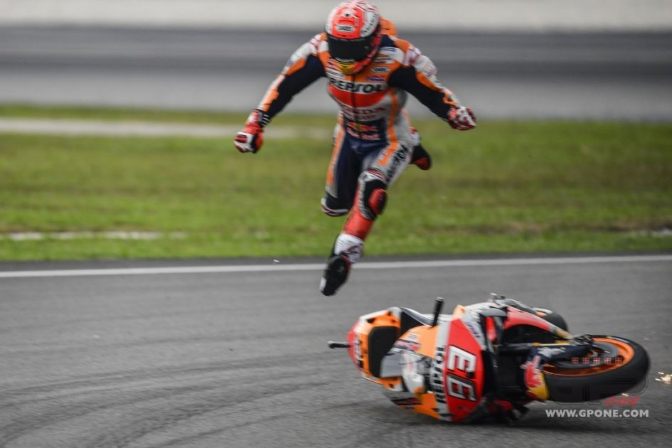 MotoGP: EXCLUSIVE: Photos of Marquez's fall during Sepang qualifications