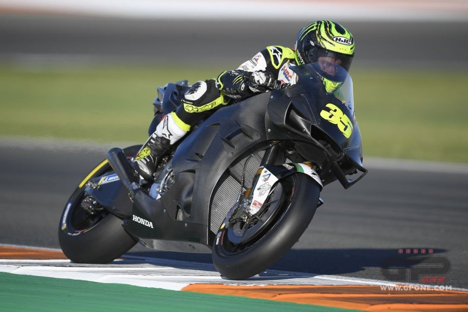 "MotoGP: Crutchlow: ""To help Alex Marquez, Honda 'stole' three of my technicians."""