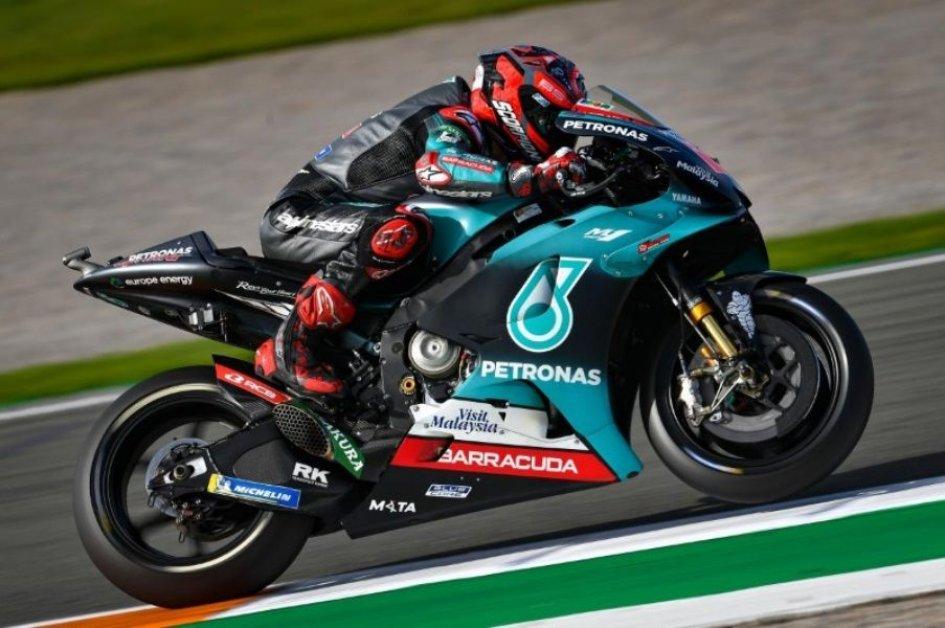 MotoGP: Fulmine Quartararo, è pole anche a Valencia, solo 12° Rossi