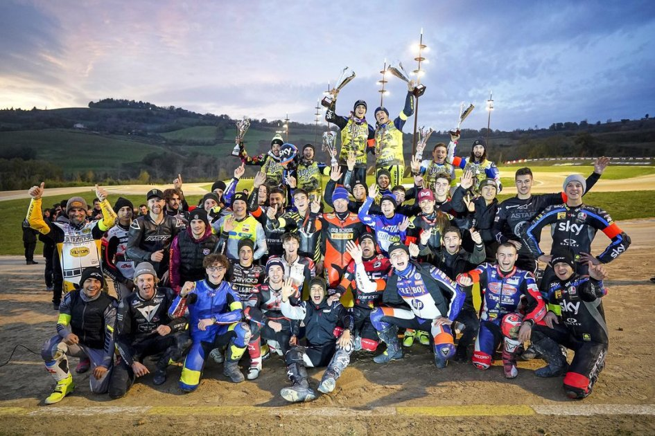 """MotoGP: 100 Km, Rossi: """"Luca and I won because we didn't give up."""""""