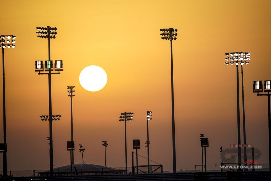 MotoGP: A mid-summer night's dream in Qatar: MotoGP and SBK together at the Grand Prix!