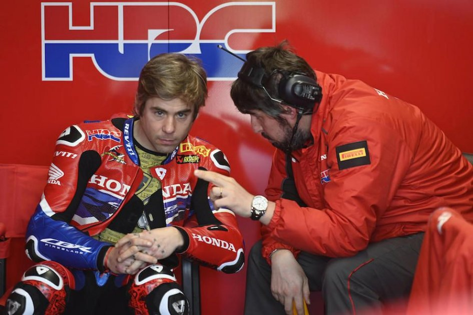 """SBK: Bautista: """"I thank Honda who believes in me: it's not easy to wait"""""""