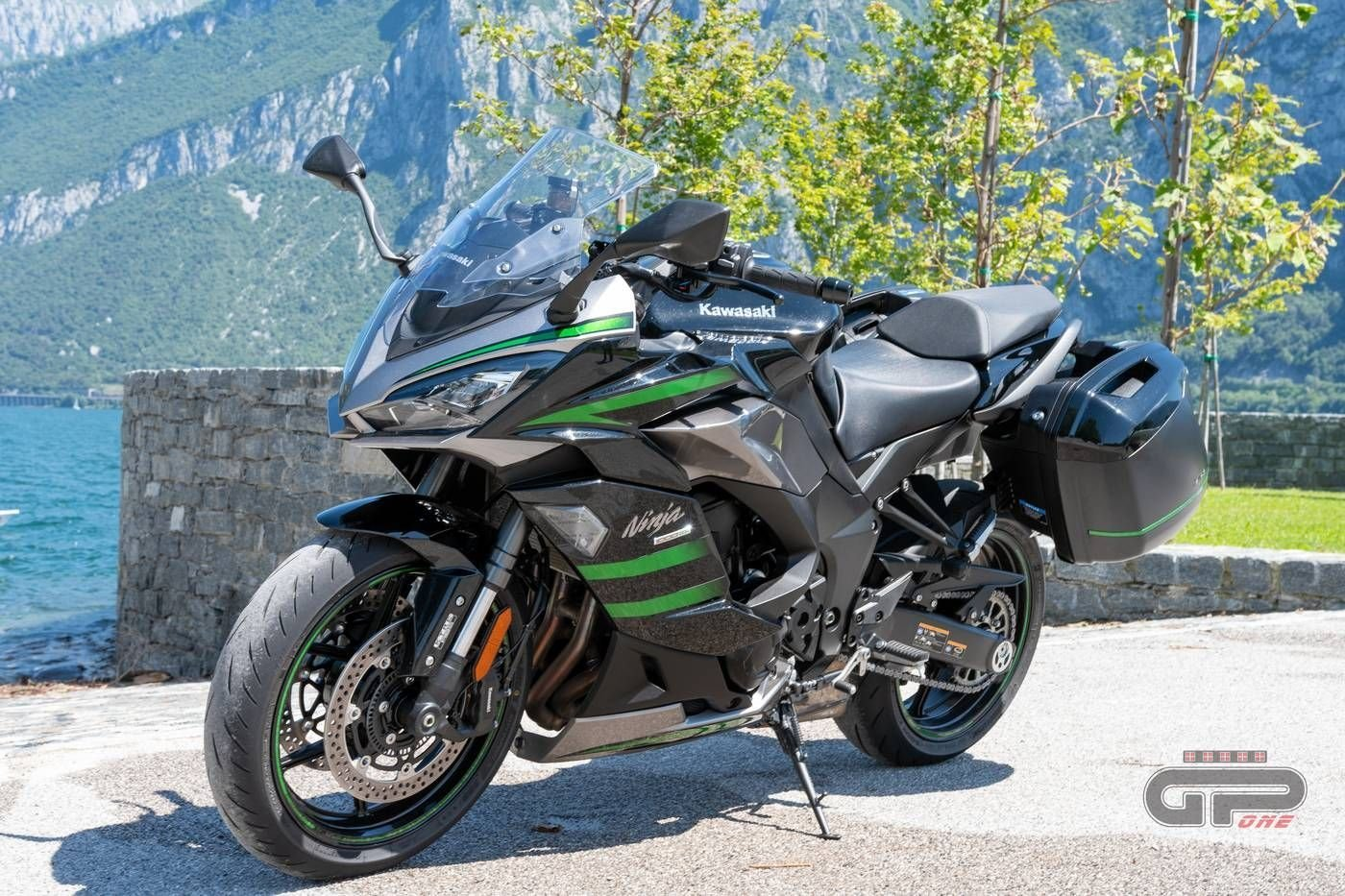 Prova Kawasaki Ninja 1000SX 2020: sport touring dalla Z