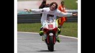 Moto - News: Simoncelli Campione del Mondo 250 2008