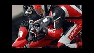 Moto - News: C'è anche la Ducati Hypermotard in Yes Man