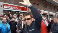 Moto - News: Incontra Troy Bayliss con Pirelli Angel ST