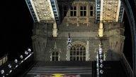 Moto - News: Il backflip di Robbie Maddison al Tower Bridge