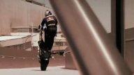 Moto - News: Chris Pfeiffer con la F800R sulla Torre BMW