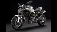 Moto - News: Monster 696 autografata da Valentino su ebay