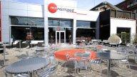 Moto - News: Luca Scassa e Yamaha inaugurano il 2011 del Red Point Cafè Milano