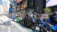 Moto - News: Kawasaki: Times Square diventa verde!