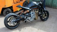 Moto - News: Andy Russell Tharg: la Streetfighter con motore Ford Granada