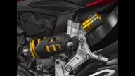 Moto - News: La Ducati Panigale R insegue il convertiplano AgustaWestland [VIDEO]