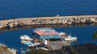 Moto - News: A sei cilindri, sulle costiere Amalfitana e Sorrentina
