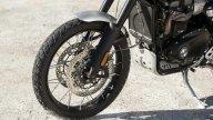 Moto - News: Triumph Scrambler 1200 XC ed XE: vintage, in salsa offroad
