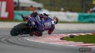 MotoGP: FOTO. La caduta di Vinales nelle FP4 a Sepang