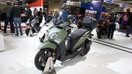Moto - News: Yamaha XMAX Iron Max: lo sport scooter si rinnova